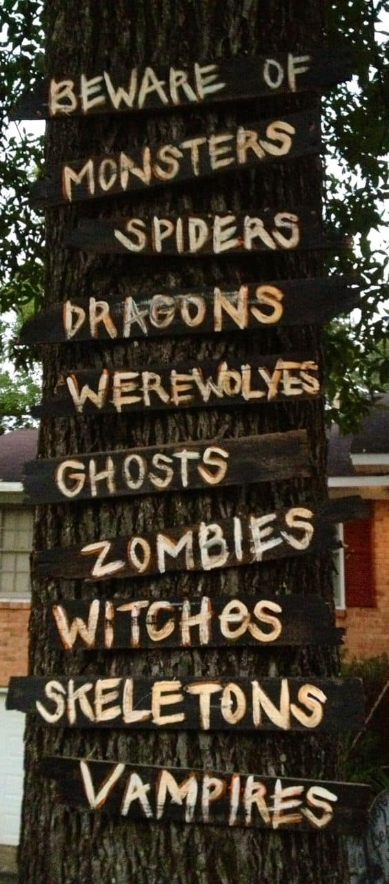 11. SPOOKY TREE SIGNS