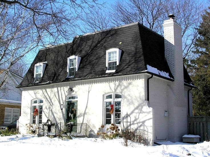 What is the Mansard Roof, Advantages and Disadvantages Sheltered