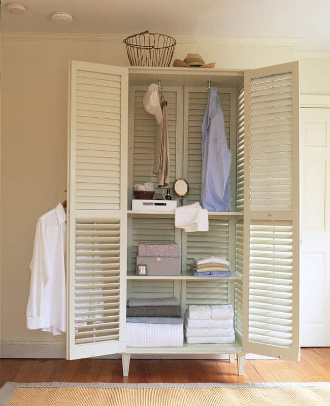 Make A Closet By Using Only 6 Window Shutters