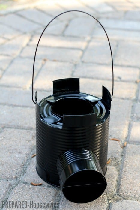 ROCKET STOVE USING A CAN