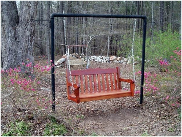 THE OLD-FASHIONED PORCH SWING