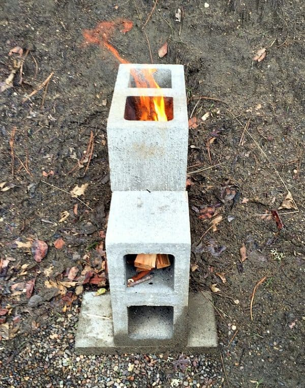 STOVE OUT OF CINDERBLOCKS