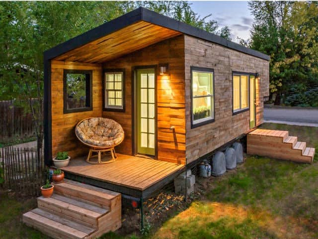 MINIMALIST LIFESTYLE tiny house
