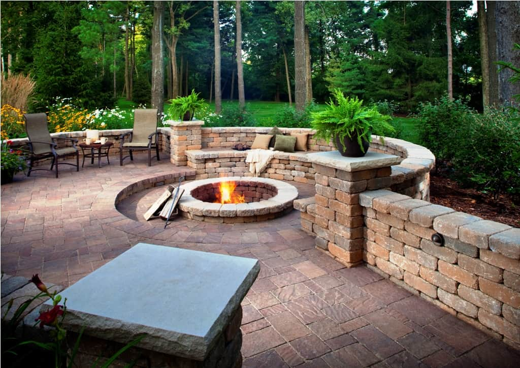 Fabulous Patios Designs That Will Leave You Speechless ... on Small Backyard Brick Patio Ideas id=11912