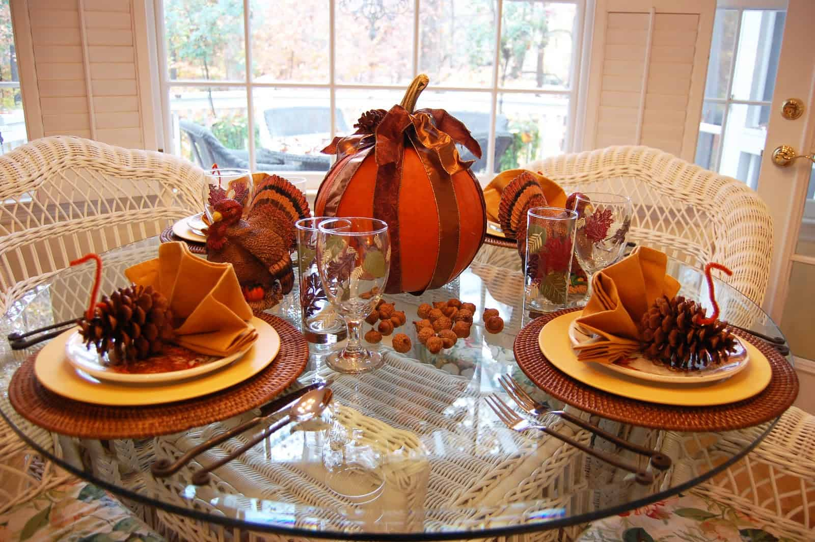 fetching thanksgiving home decor ideas thanksgiving round table tablescapes ideas round glass table thanksgiving table decoration paper pumpkin thanksgiving decoration thanksgiving decor thanksgiving tabl