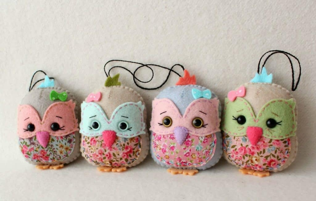 101. Learn How To Make These Incredibly Cute DIY Owl Ornaments