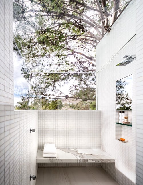 19 of the Coolest Futuristic Shower Designs to Follow in 2018 19