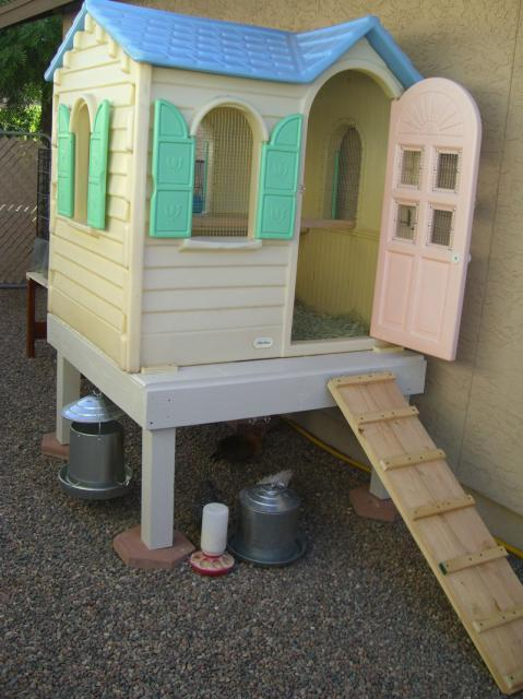THE REPURPOSED DOLL HOUSE