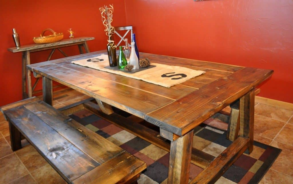 THE PICNIC FARMHOUSE TABLE