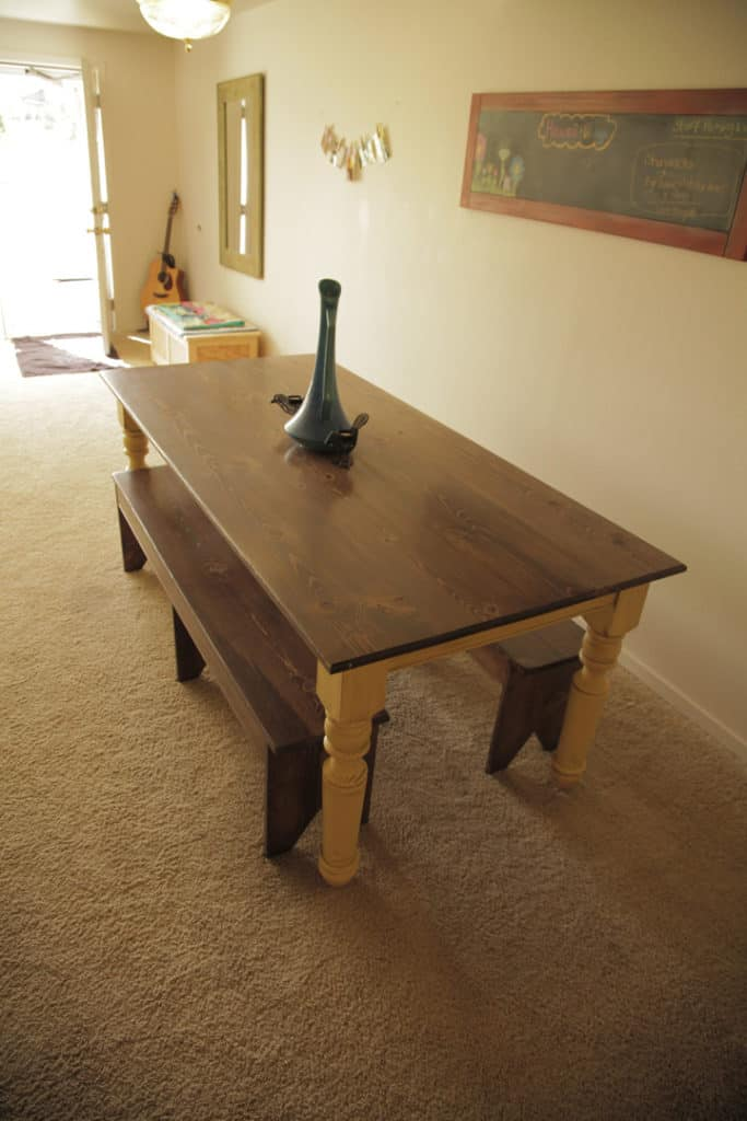 TURNED LEG FARMHOUSE TABLE