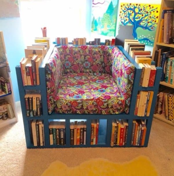 THE BOOK SHELF CHAIR
