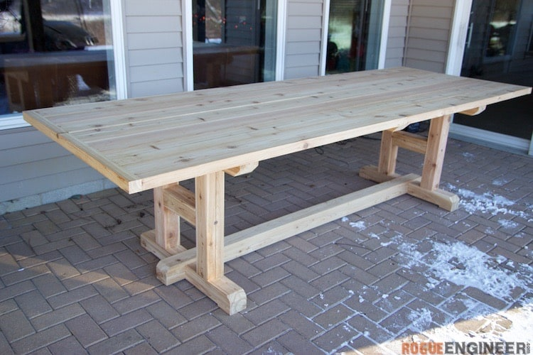 H-LEG DINING TABLE