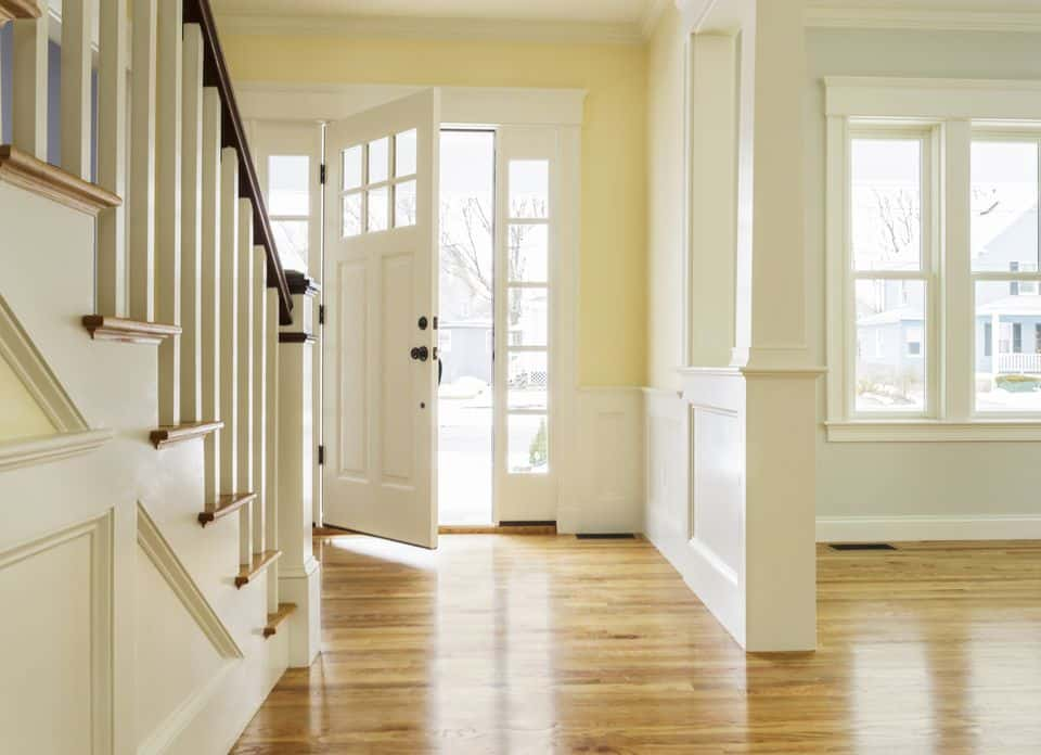 15 ways to feng shui your entryway - Mirror opposite front door ...