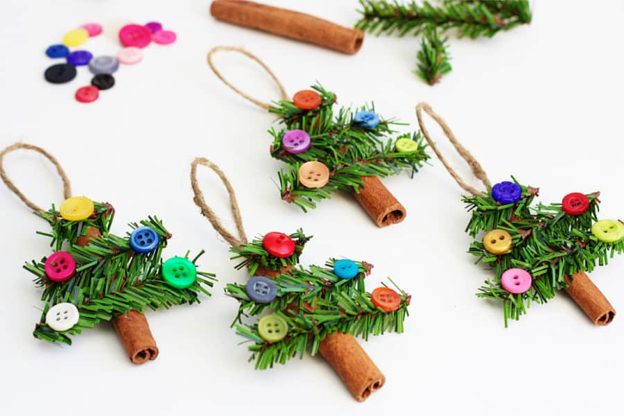 61. Beautiful Christmas Tree Ornaments Made with Cinnamon Sticks
