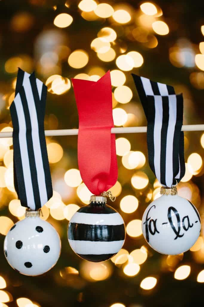 75. Amazing Black And White Christmas Ornaments