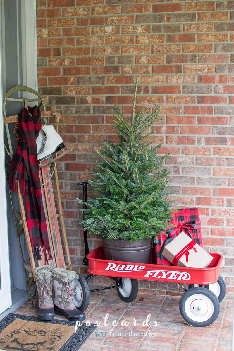 Christmas front porch decorating ideas 4