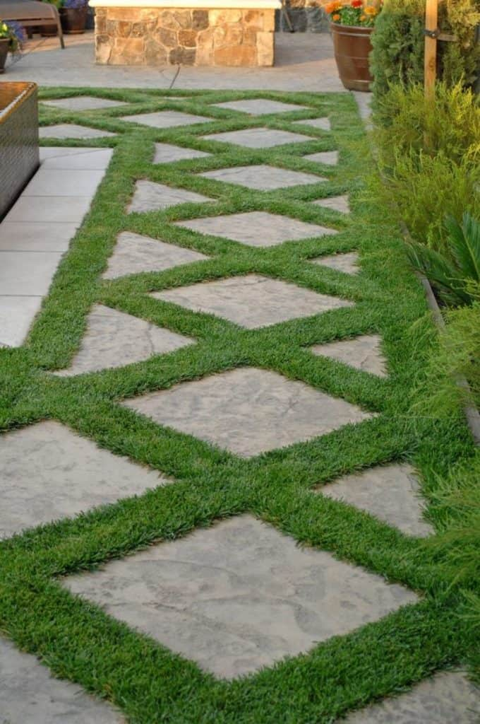 19 Stunning Garden Pathways That You Can Make On Your Own ...