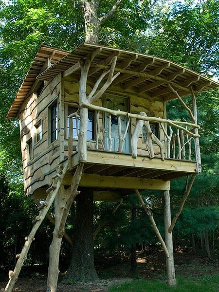 THE CABIN STYLE TREE HOUSE