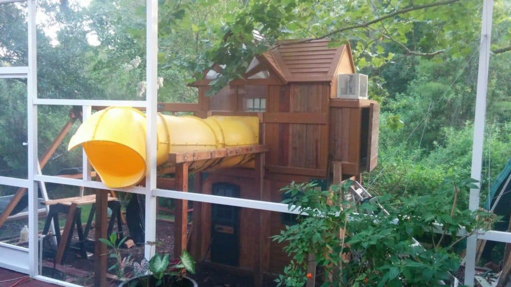 THE CONNECTED TREE HOUSE