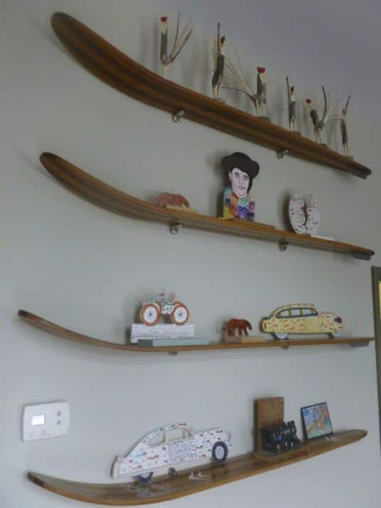 19 Winter Home Decorations Re Purposing Sleighs Skis