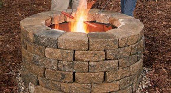 THE EASY BUILD FIRE PIT