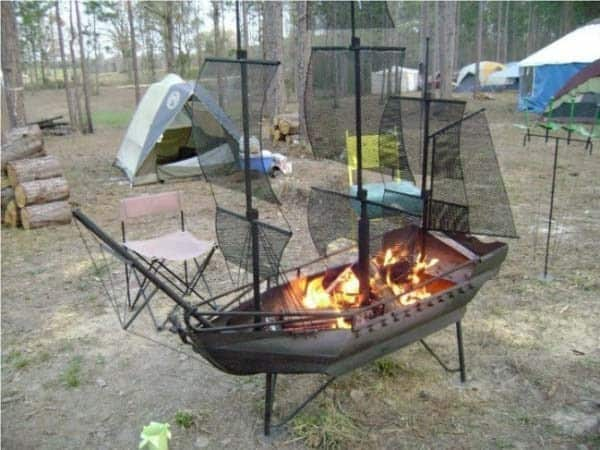 THE PIRATE SHIP FIRE PIT