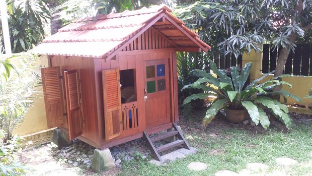 THE MALAY STYLE PLAYHOUSE