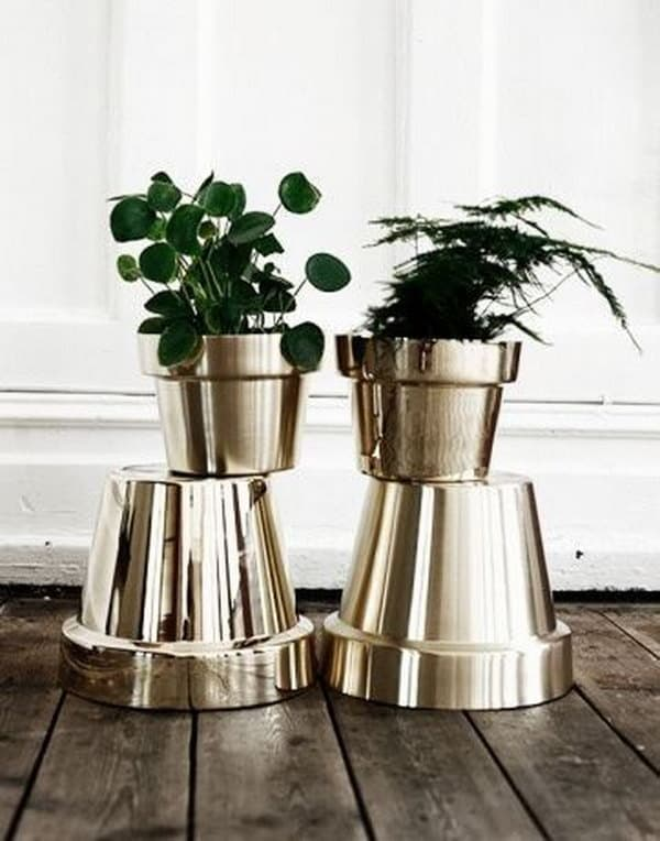 1 Spray Paint Your Terracotta Pots Metallic Colors to Get an Expensive Look