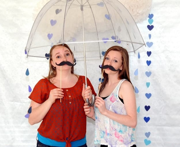 RAINING PHOTO BOOTH