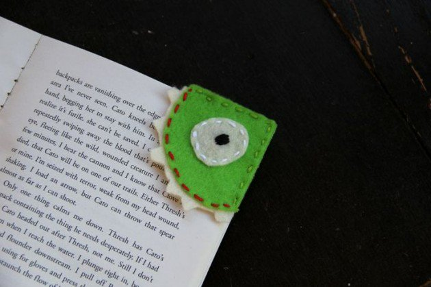 FELT MONSTER BOOKMARK