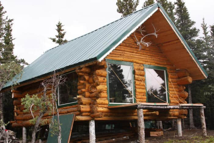 how to build a cabin in the woods for cheap