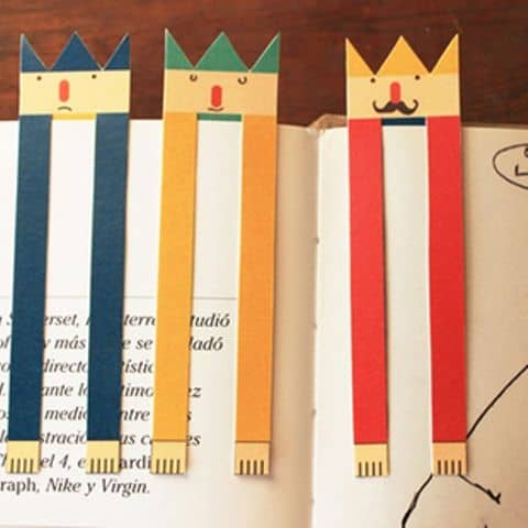 A BOOKMARK WITH REALLY LONG HANDS