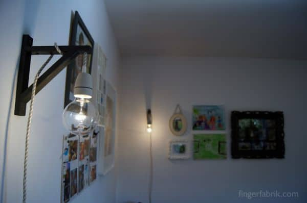 SIMPLE WALL CABLE LAMP
