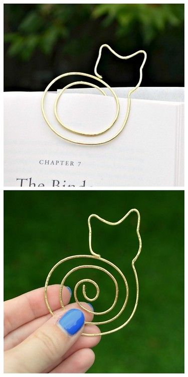 CAT BOOKMARK MADE WITH METAL