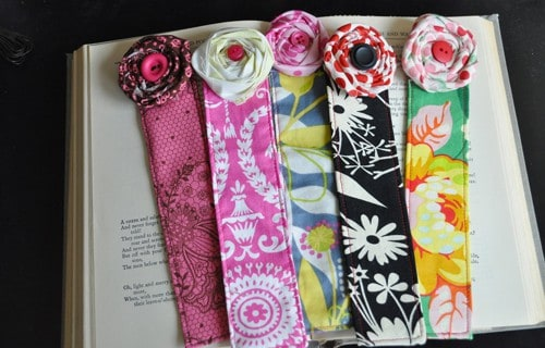 FABRIC FLOWER BOOKMARK
