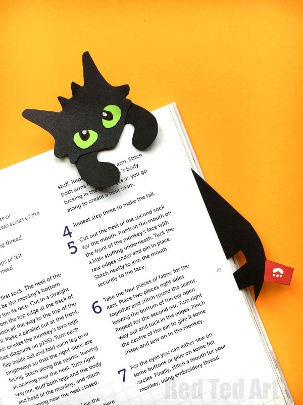 'HOW TO TRAIN YOUR DRAGON' INSPIRED BOOKMARK