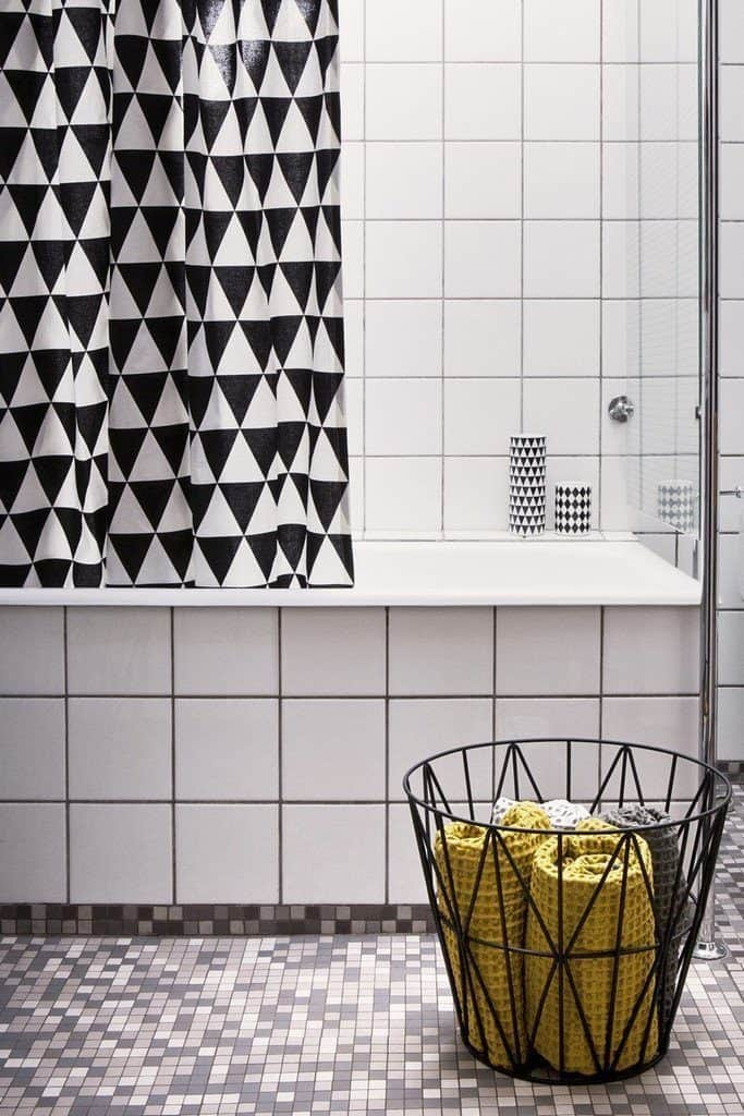 BLACK AND WHITE TRIANGLE SHOWER CURTAIN