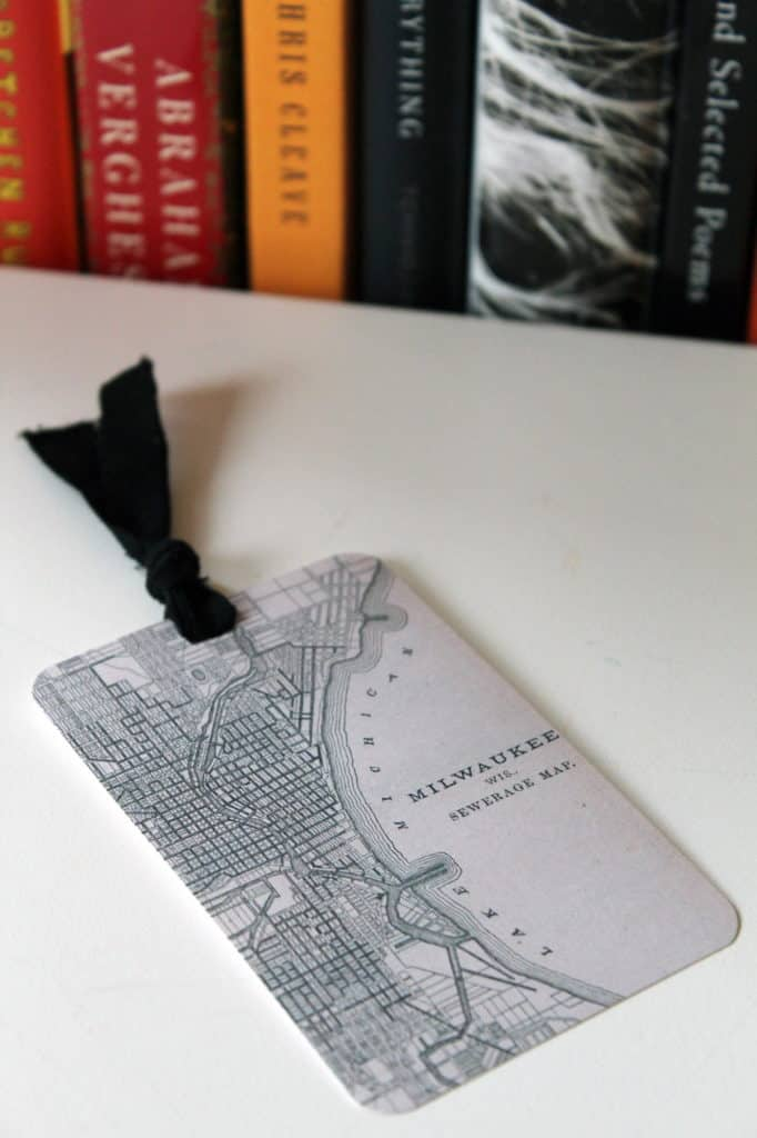 MAP YOUR FAVORITE PLACE ONTO THE BOOKMARK