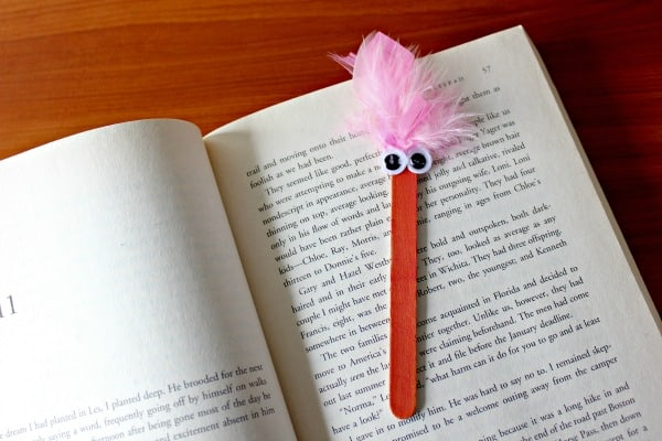 SIMPLE POPSICLE STICK BOOKMARK IDEA