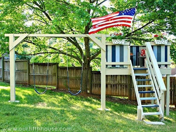 THE SWING SET AND PLAY HOUSE COMBO