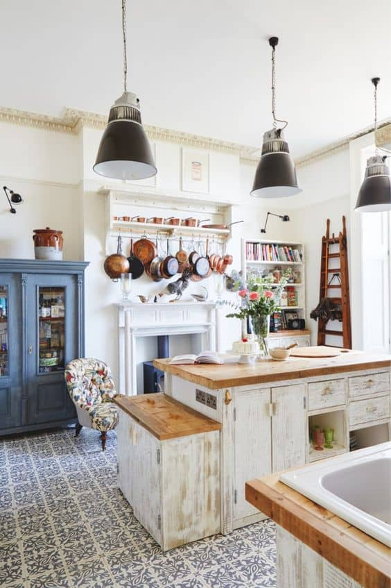 SOFT COLOR PALETTE french kitchen