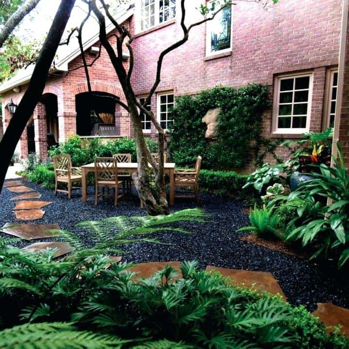21 Incredible Pebble Landscapes That Will Enhance Your ... on Pebble Yard Ideas id=64956