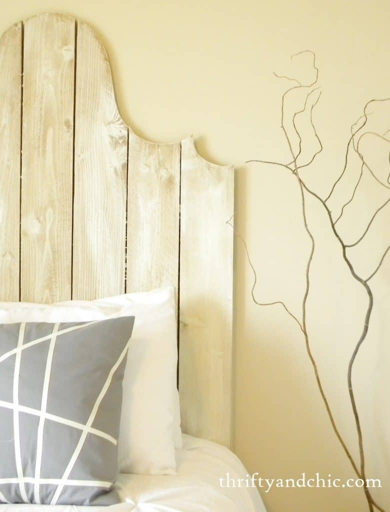 Headboard with a Curve