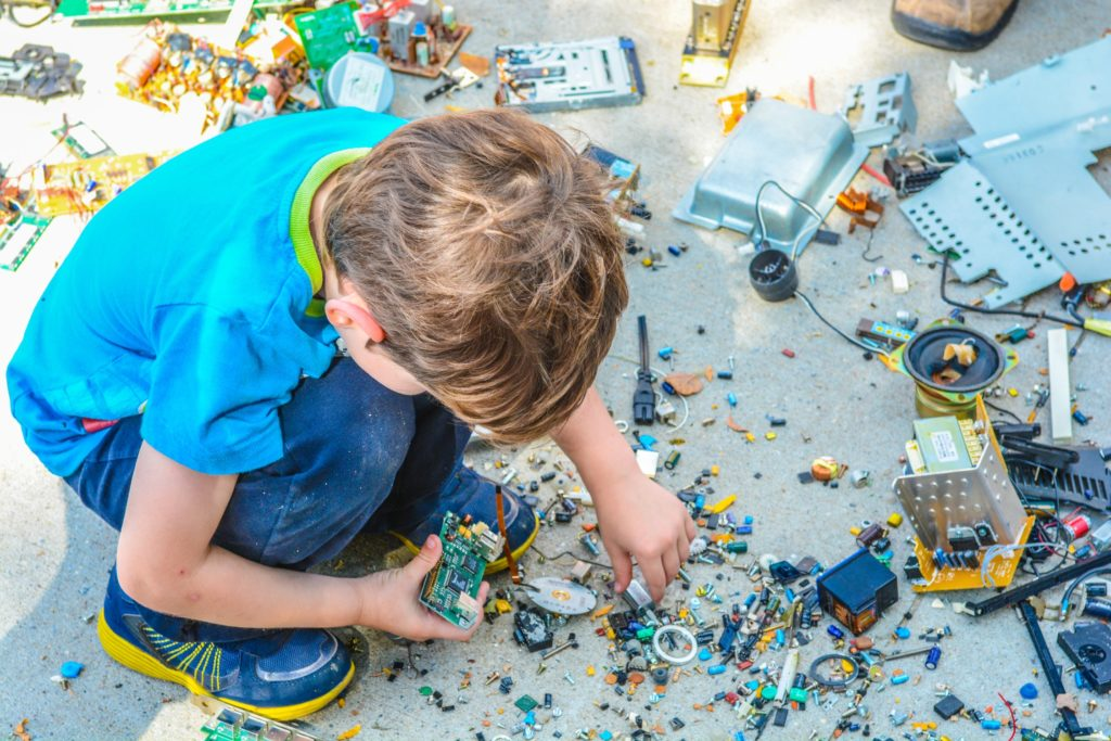 Lego Sets Can Help Get Rid of Destructive Playing Habit
