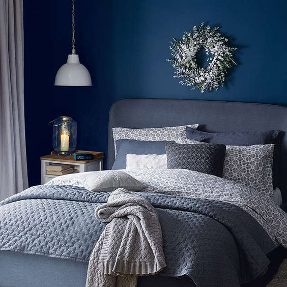 28. Gray and Navy Blue Bedroom Design