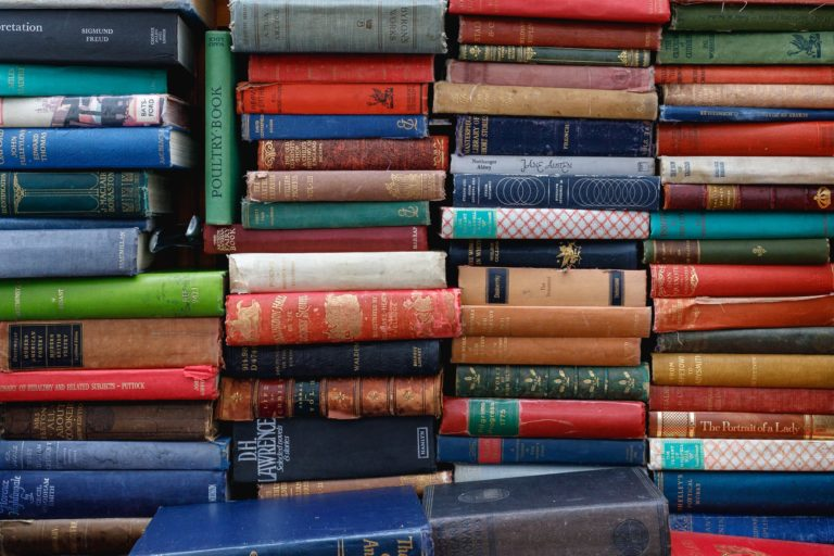 wheret to find cheap books