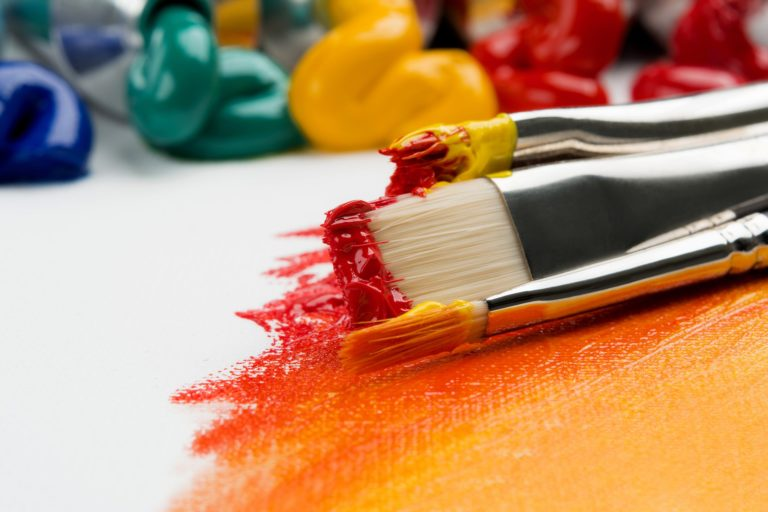 top of top acrylic paint brushes