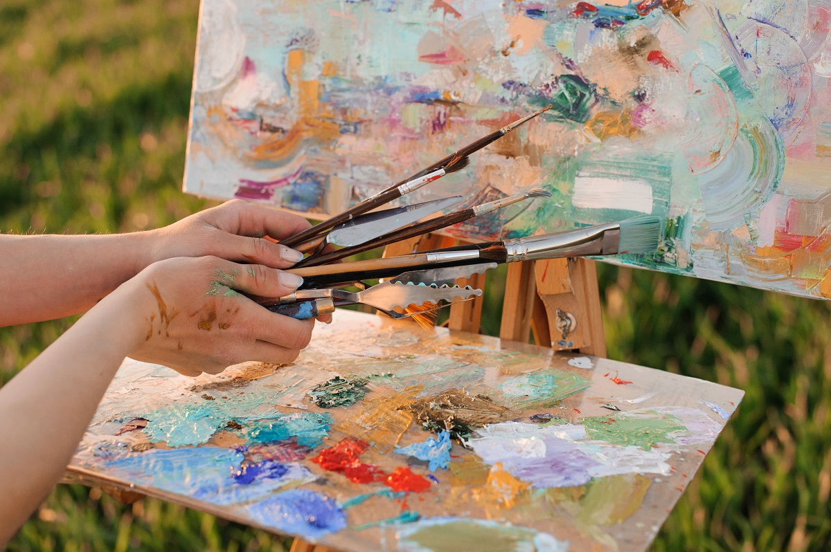 Learn How to Clean Oil Paint Brushes Successfully ...