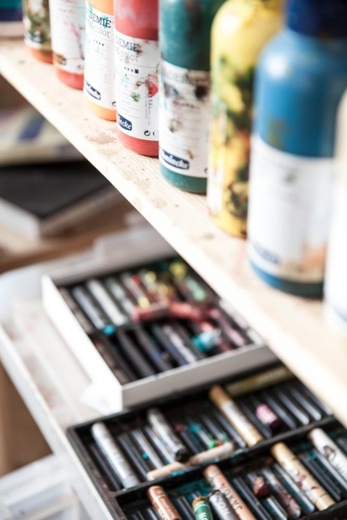 26 Oil Pastel Techniques Tips to Enhance Your Painting Right Now