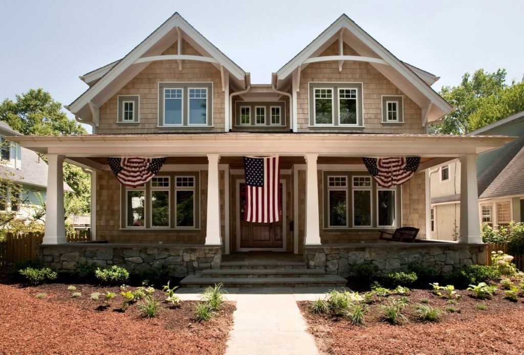 What Is the Craftsman House Style & Why It's Popular Today